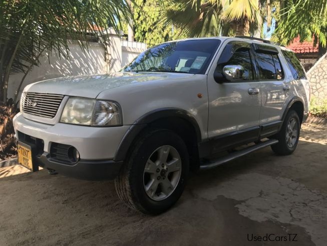 Ford Explorer XLT in Tanzania