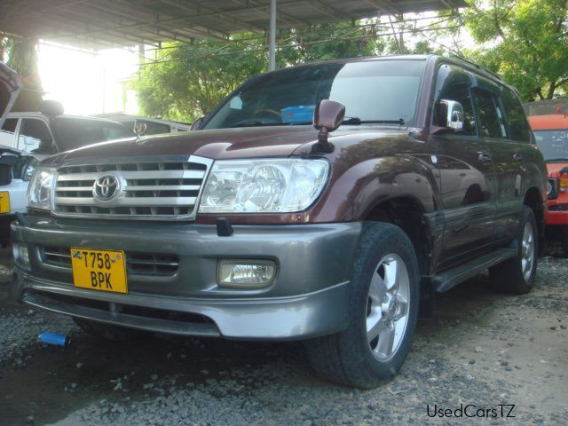 used toyota land cruiser amazon 2004 land cruiser. Black Bedroom Furniture Sets. Home Design Ideas