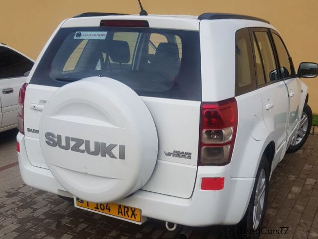 Suzuki Grand Vitara in Tanzania