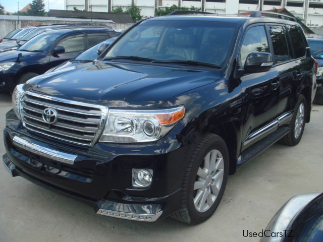 new toyota land cruiser v8 vx r 2014 land cruiser v8 vx r for sale dar es salaam toyota. Black Bedroom Furniture Sets. Home Design Ideas