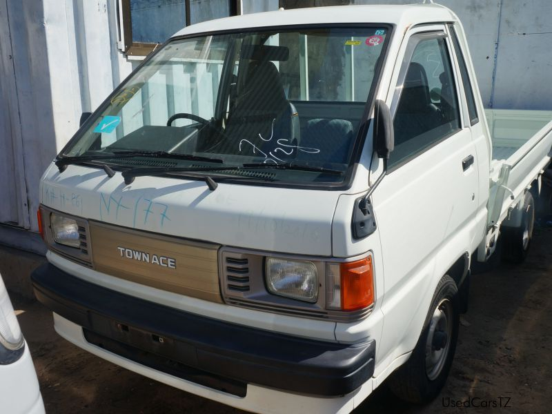 Used Toyota townace  for sale in Dar es Salaam