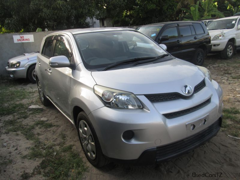 Pre-owned Toyota IST for sale in