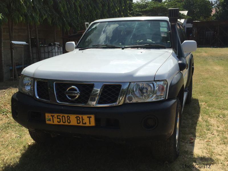 Used Nissan Patrol for sale in Dar es Salaam